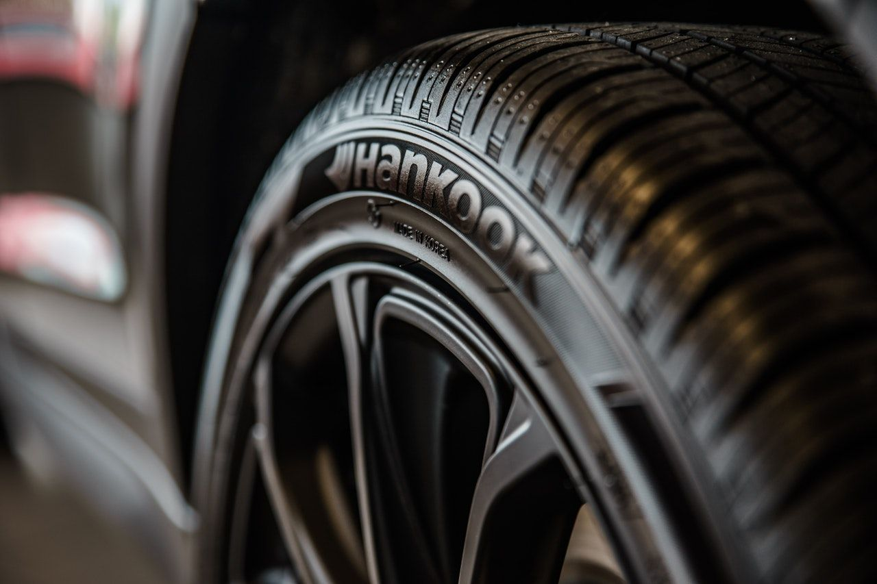 automobile-automotive-black-1236788.jpg